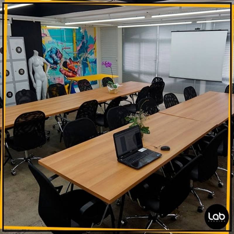 Coworking na Lab Fashion Preço Pacaembu - Aluguel de Sala para Coworking Fashion