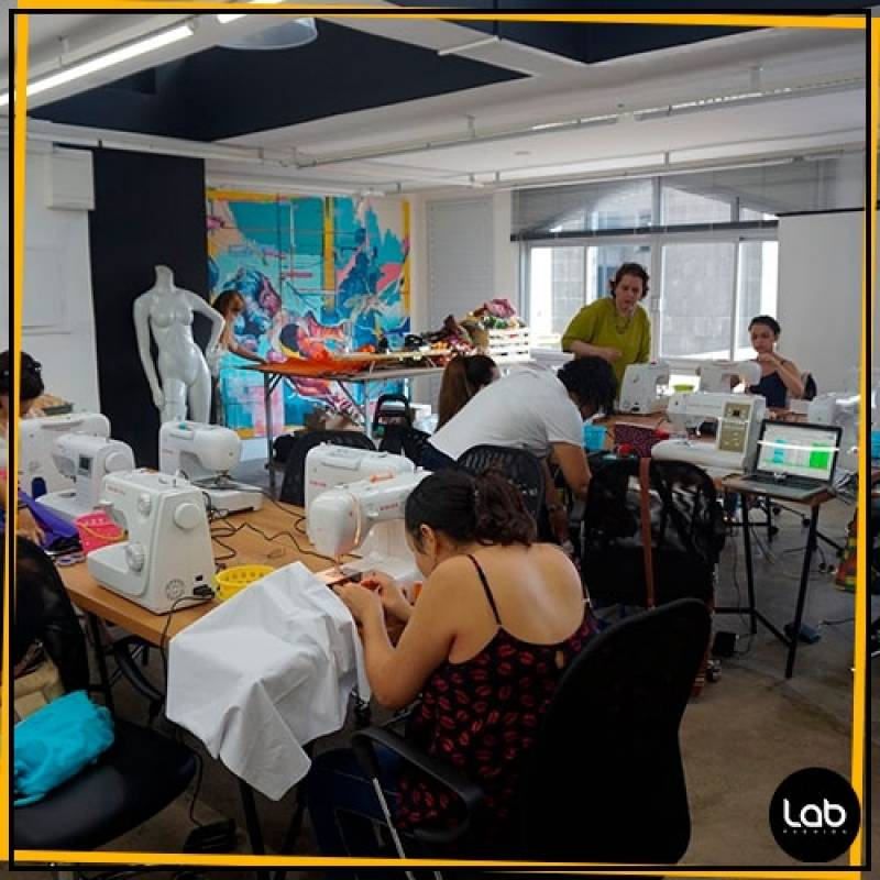 Laboratório para Coworking Fashion Preço Vila Olímpia - Sala Coworking Fashion