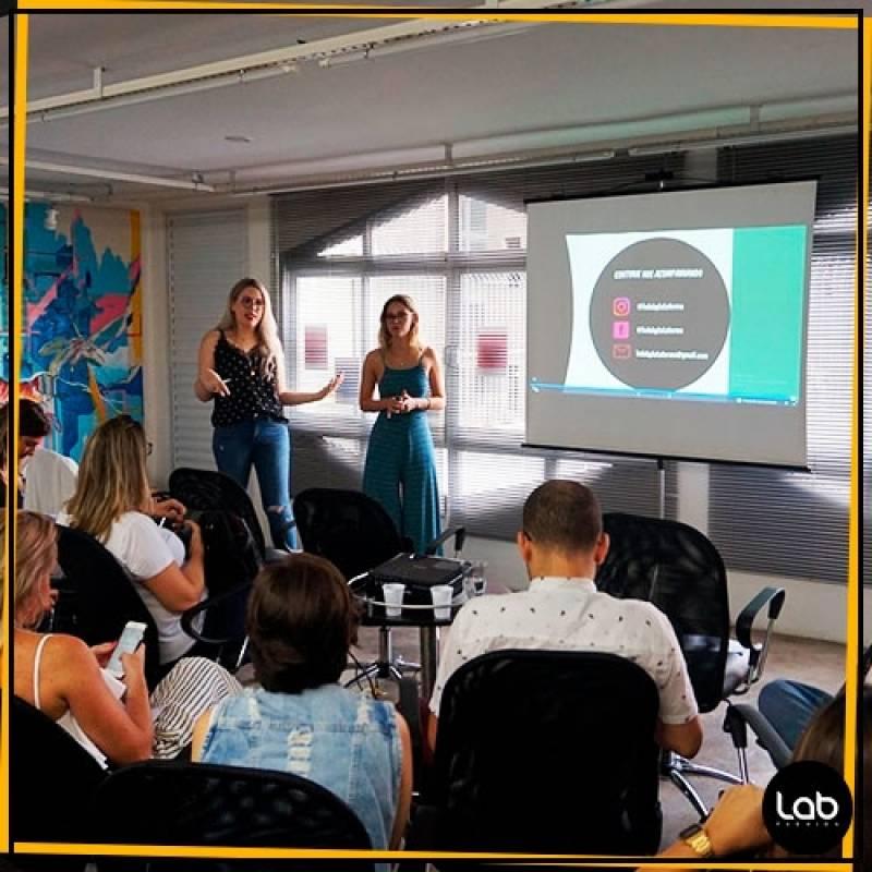 Laboratório para Coworking Fashion Pacaembu - Aluguel de Sala para Coworking Fashion
