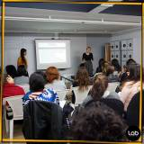 sala para workshop de moda Luz